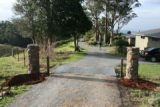 entrance to seaview farm retreat, mt tamborine